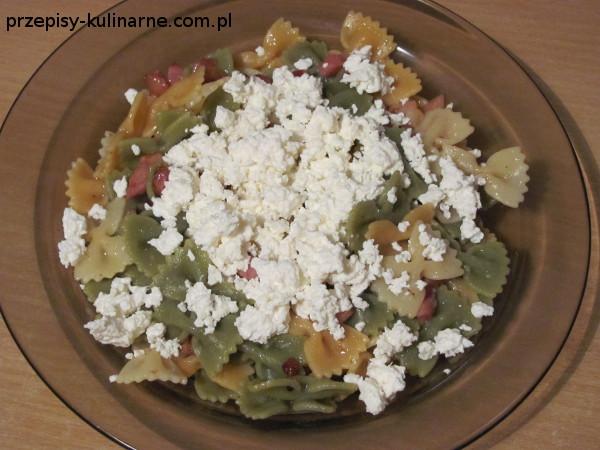 Makaron z serem białym i boczkiem