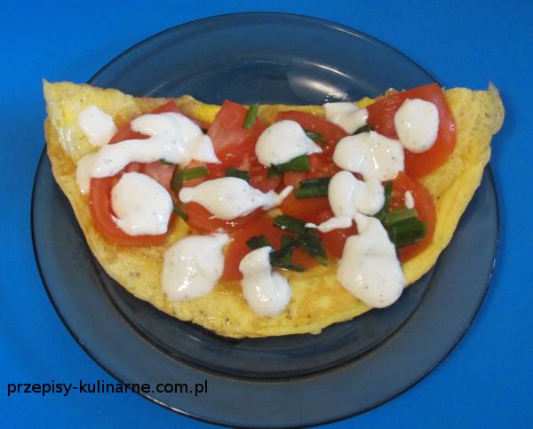Szybki omlet z pomidorami